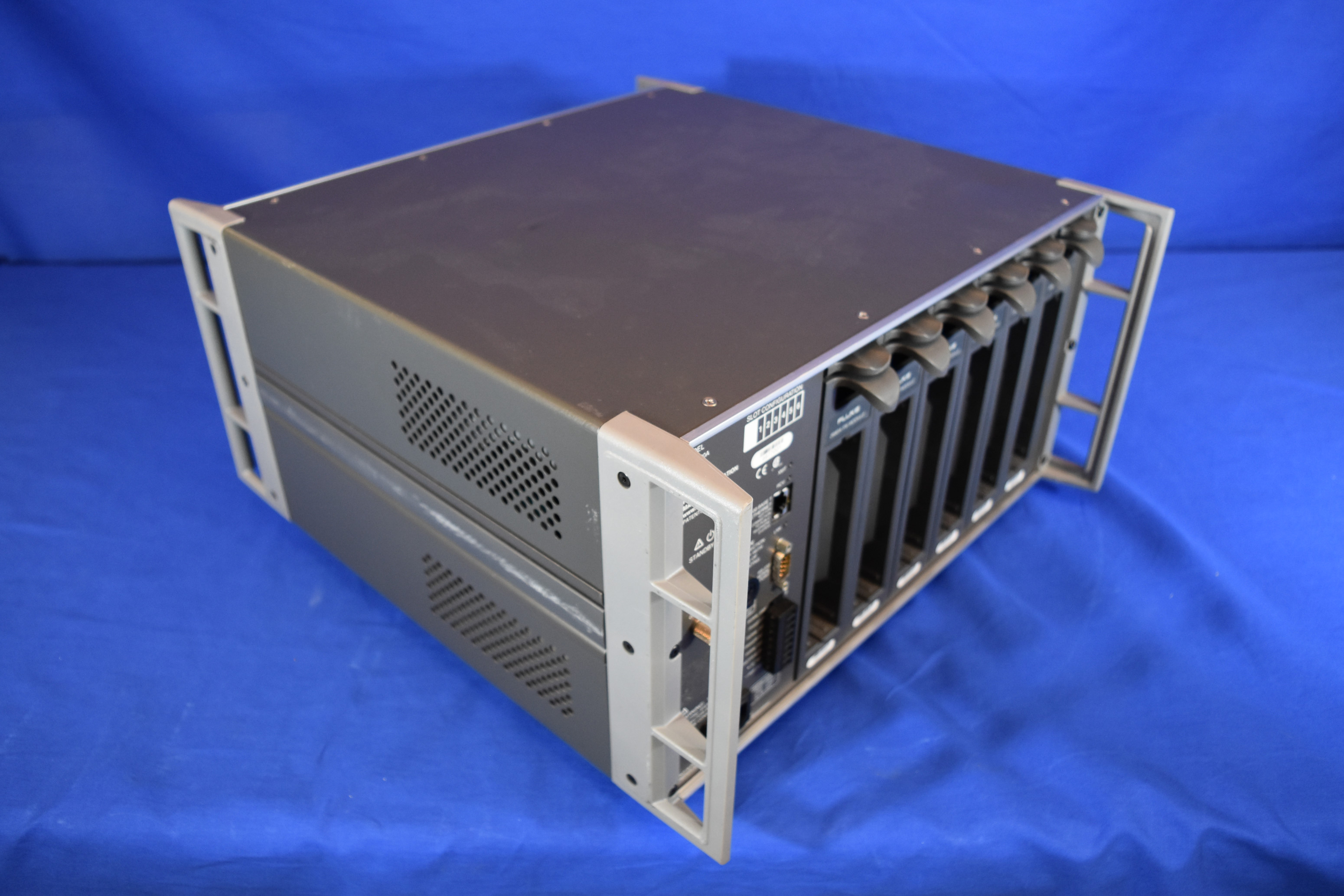 Fluke 2680a Data Acquisition Mainframe With 6 Modules